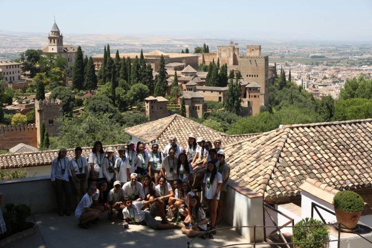 Ruta BBVA 2016 desde el Generalife con la Alhambra de Granada de fondo
