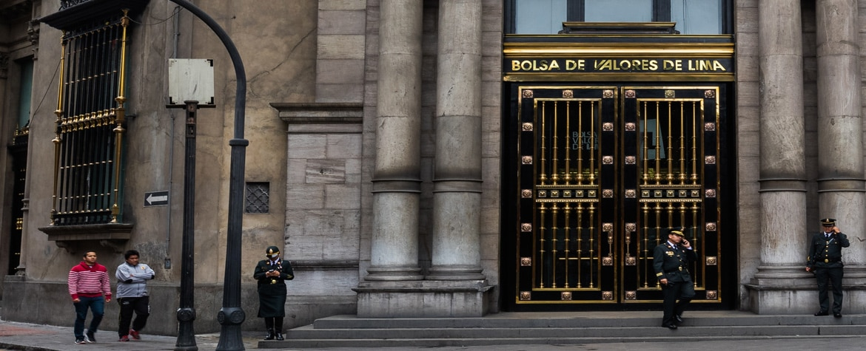 Fotografía de Bolsa de Valores de Lima destaca sólido gobierno corporativo de BBVA Continental Eduardo Torres-Llosa