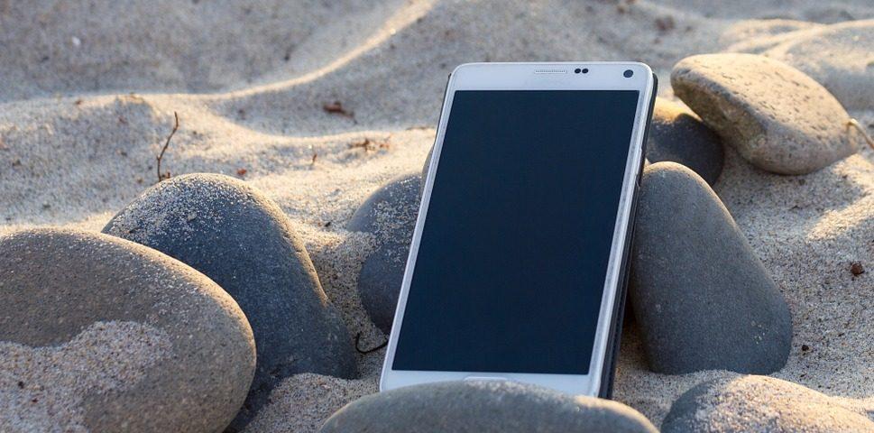playa mar móvil tecnología turismo recurso