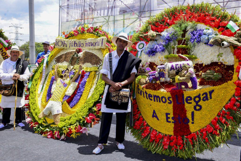Fotografía tomada por la Alcaldía de Medellín sobre los silleteros en la Feria de las flores