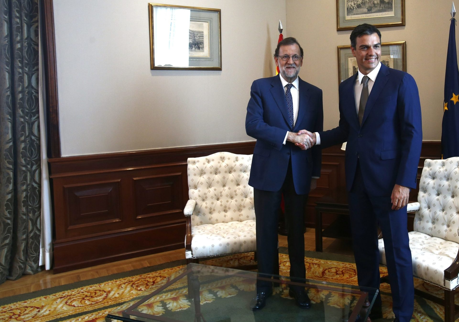 Reunión del presidente en funciones, Mariano Rajoy, con el líder del PSOE, Pedro Sánchez