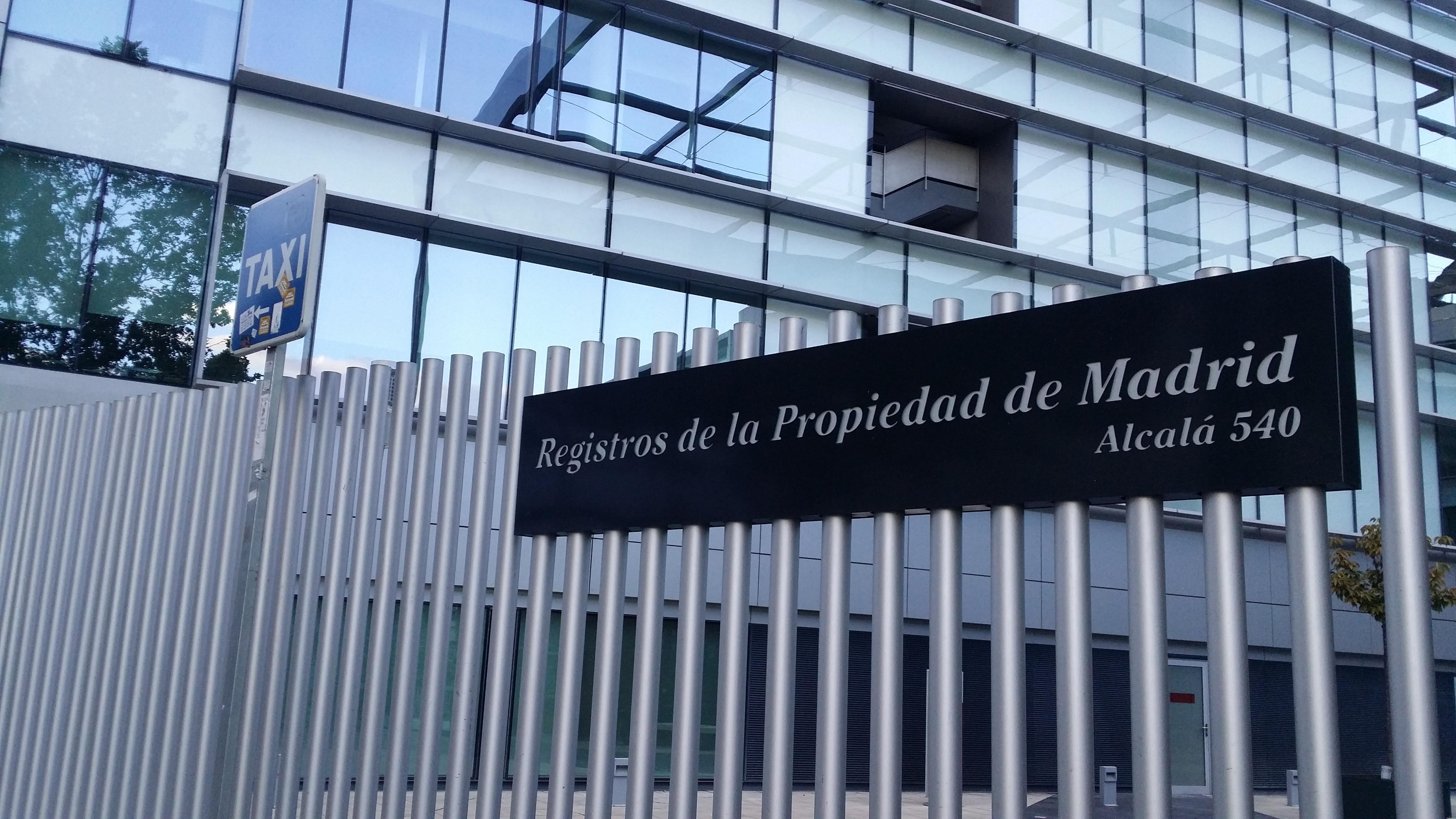 Fotografía de cabecera registro de la propiedad madrid vivienda BBVA