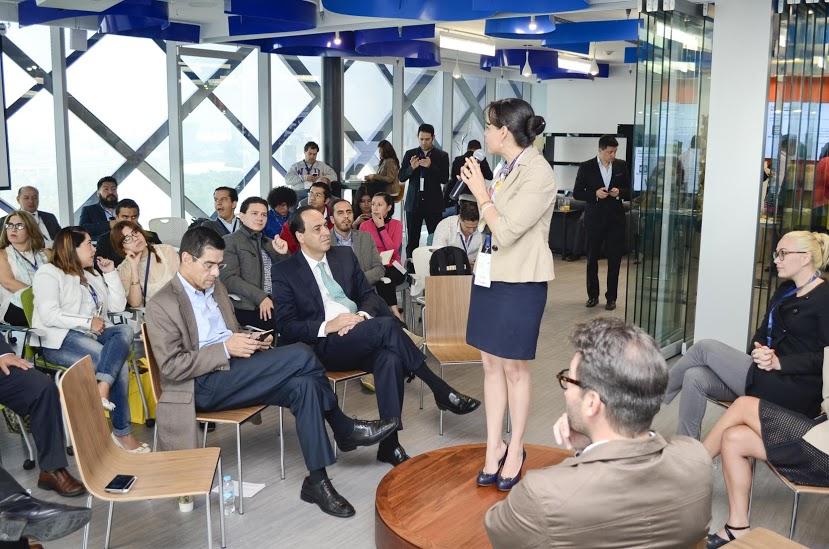 Ponencia dentro del Centro de Innovación de Bancomer