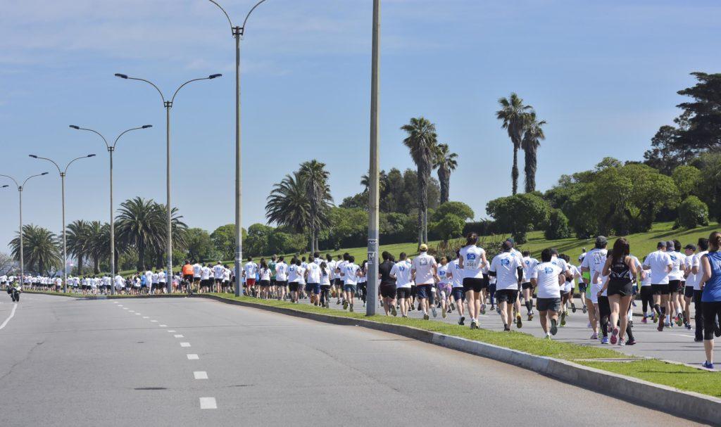 Participantes carrera 7K de BBVA Uruguay