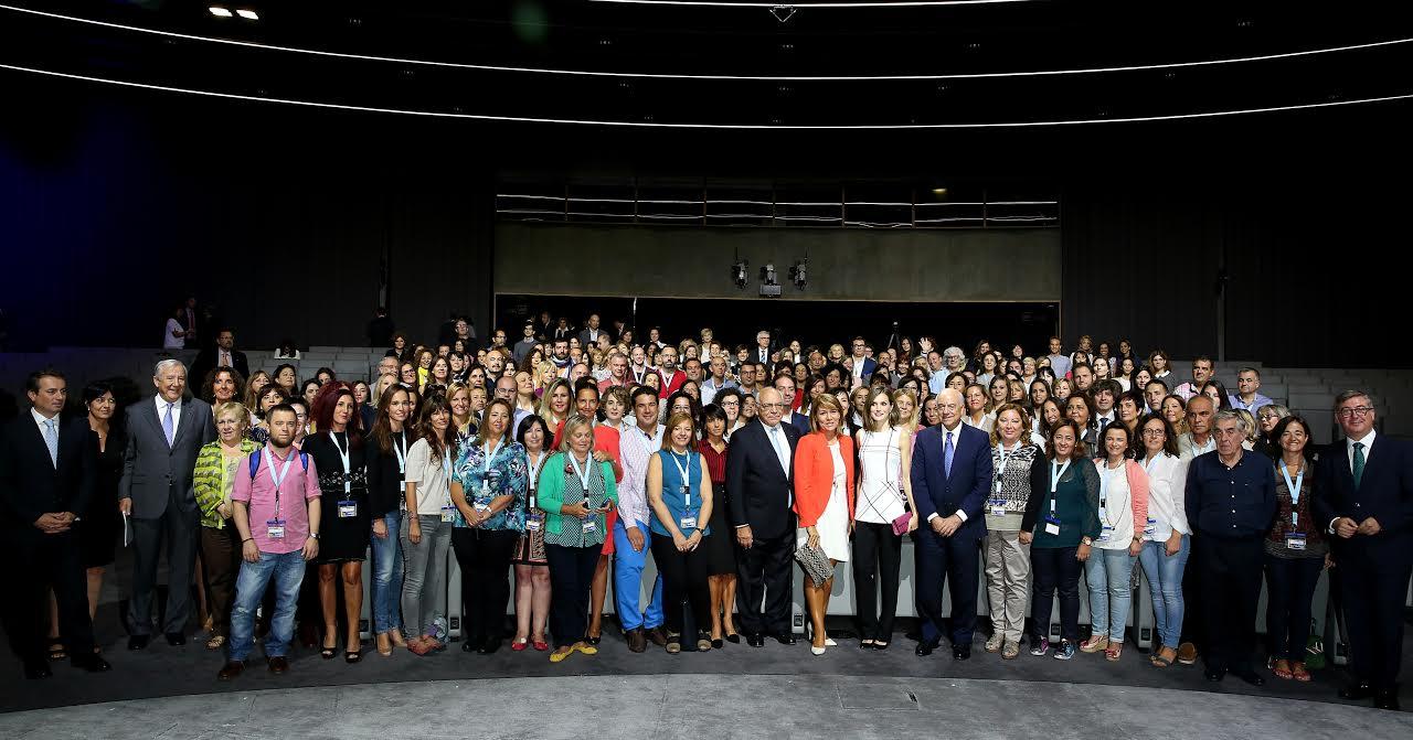 Entrega de los Premios a la Acción Magistral 2016 con S.M. la Reina y Francisco González, presidente del BBVA