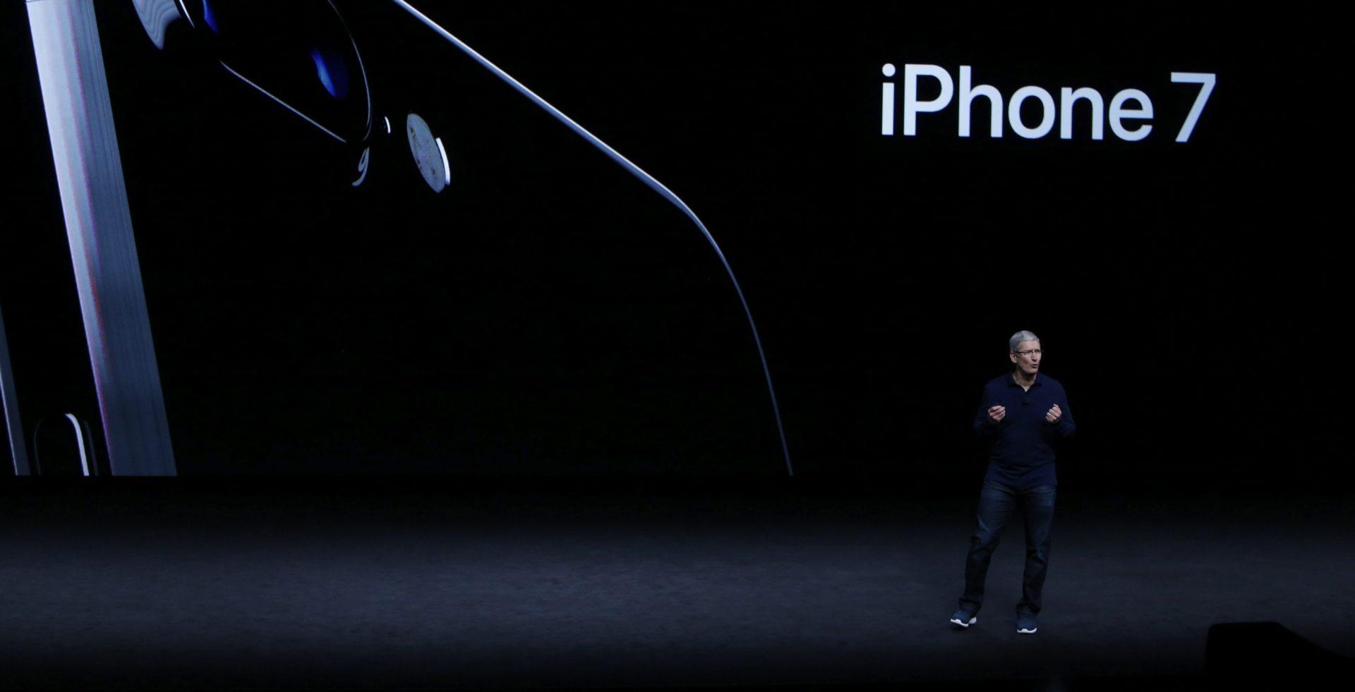 Tim Cook durante la presentación del nuevo iPhone7
