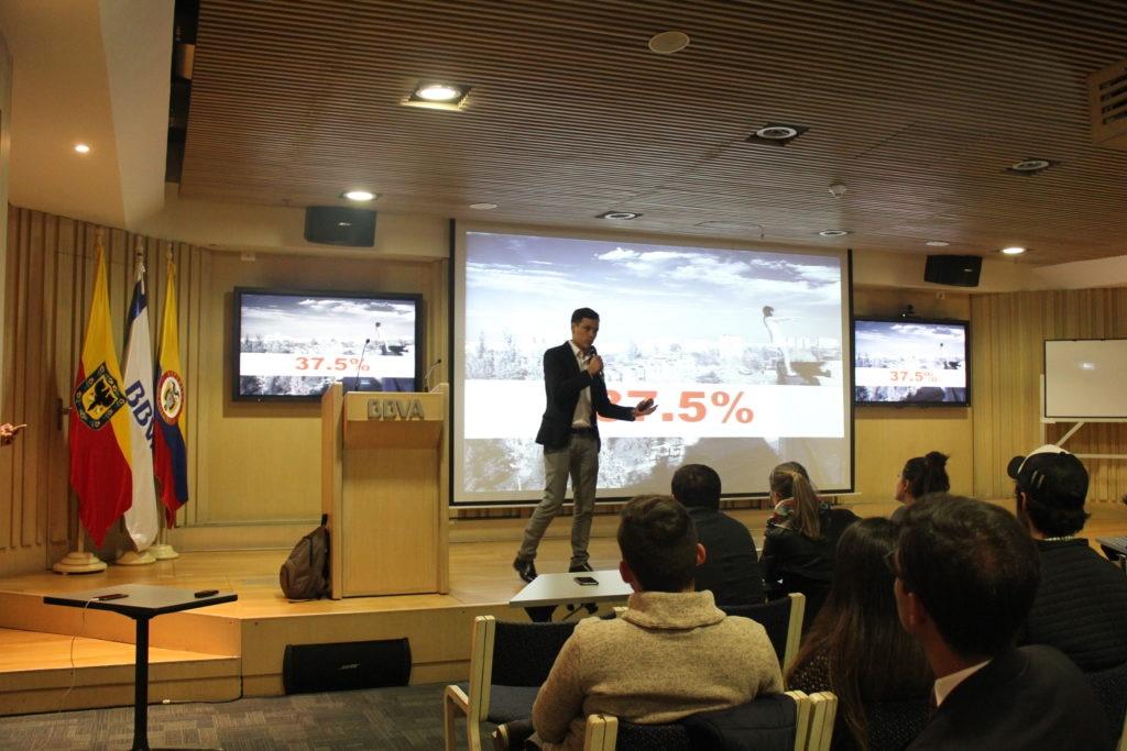 Fotografía de Diego Alejandro Guzmán, CEO de Bankity