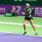 Garbiñe Muguruza durante un entrenamiento para el WTA Finals de Singapur
