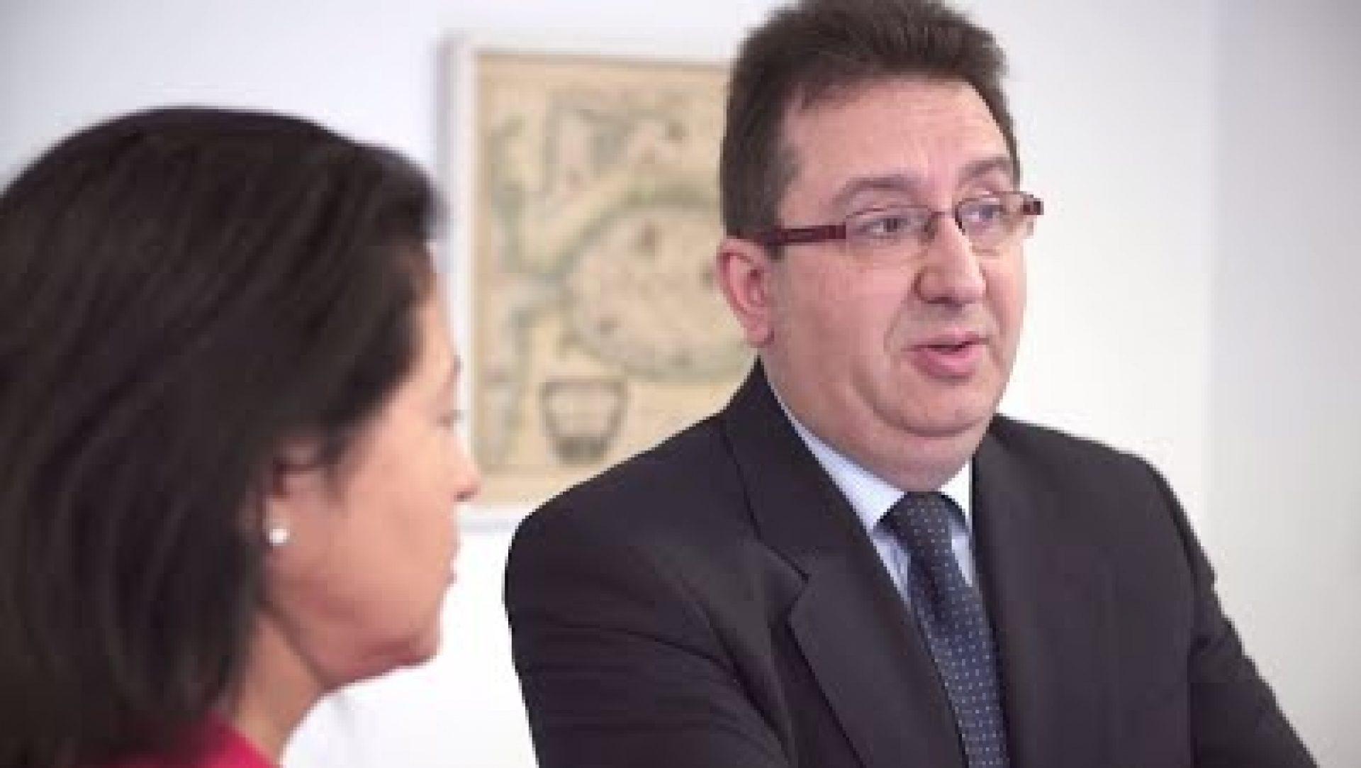 Embajadores bbva jos mar a n ez donde estados unidos y - Horario oficinas bbva madrid ...