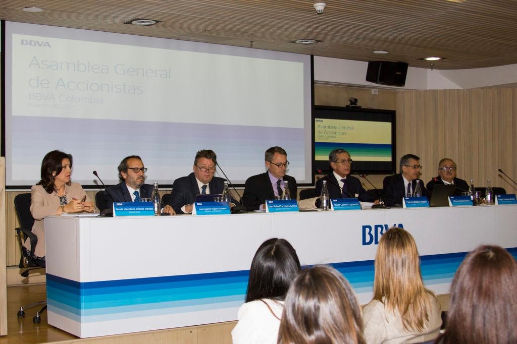 Fotografía de la Asamblea general de accionistas BBVA Colombia