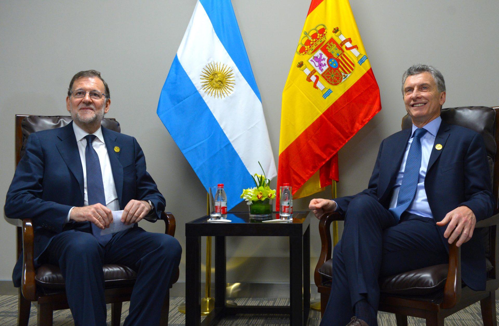 Mauricio Macri, presidente de Argentina, con Mariano Rajoy, presidente de España