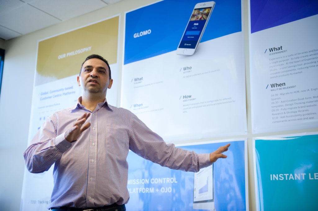Fotografía de Hamad Azzam, director de BBVA Customer Solutions Engineering