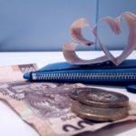cartera-azul-billetes-corazones-dinero-amor