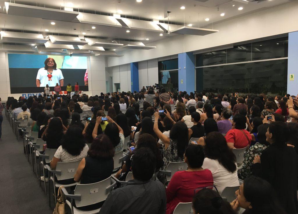 Escena de la charla