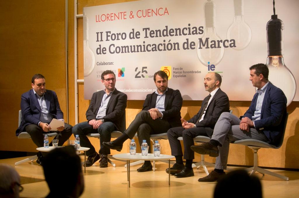 Mesa Foro Tendencias Comunicación de Marca LLorente y Cuenca