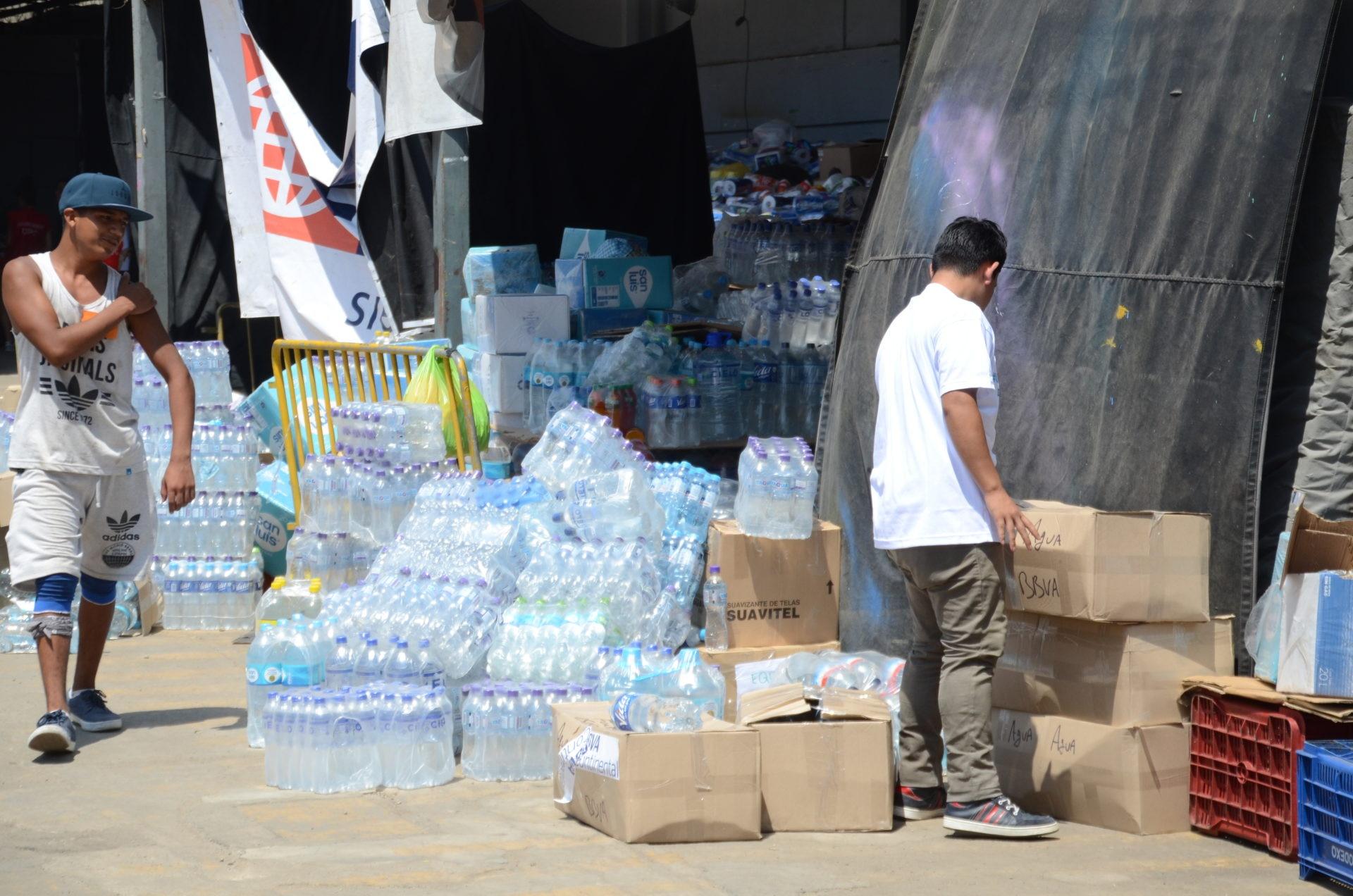 fotografia de inundaciones donaciones botellas peru bbva