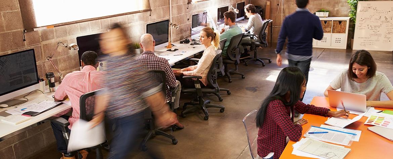 Fotografía de productividad oficina trabajo recurso bbva