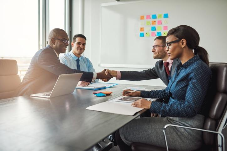 RECURSO economia finanzas fintech acuerdo trabajo presentacion equipo contrato laboral