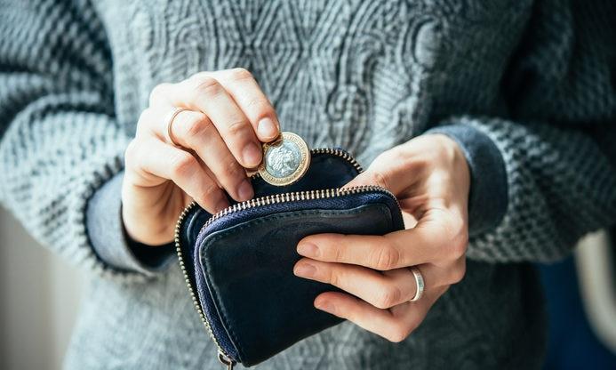 RECURSO moneda economia finanzas ahorro monedero libras dinero efectivo