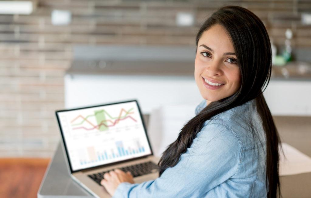 RECURSO mujer trabajo casa analisis financiero economia