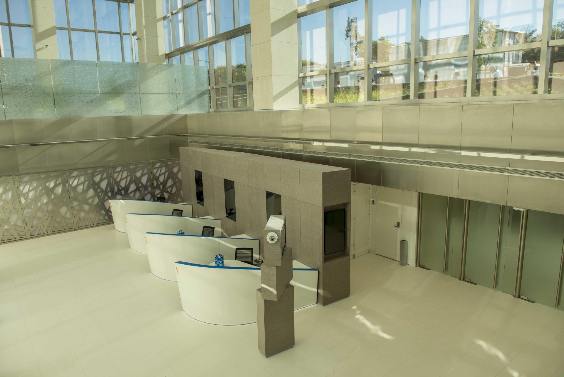 Bbva torre bbva franc s espacios abiertos colaboraci n for Banco bilbao vizcaya oficinas