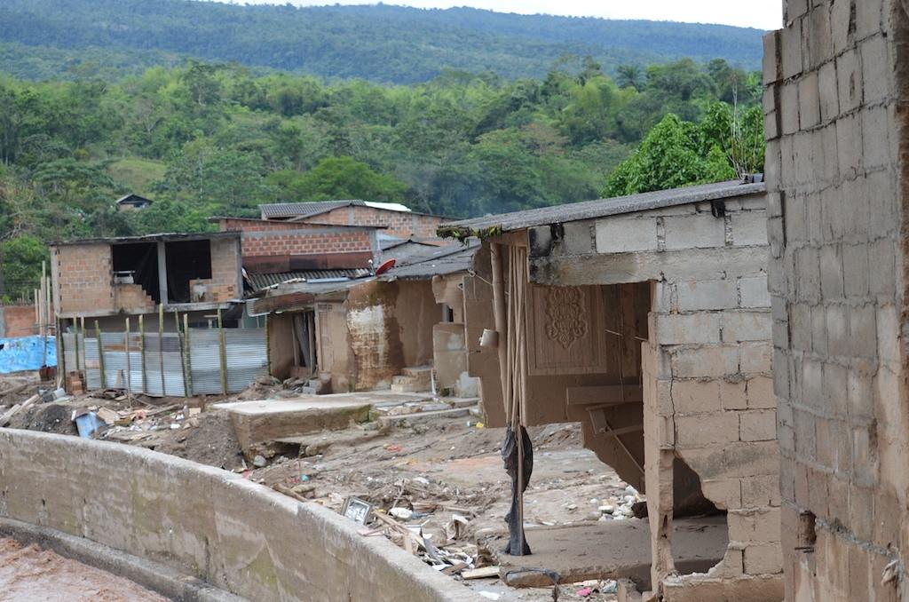 Fotografía de Casas totalmente destruidas en Mocoa