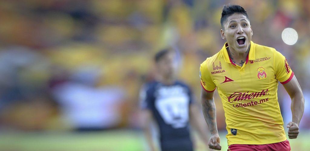 Fotografía del peruano Raúl Ruidíaz celbrando un gol en la Liga BBVA Bancomer MX