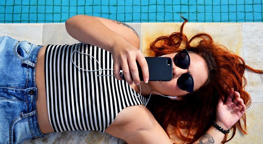 centennials influencers bbva generacion Z smartphones jovenes recurso bbva