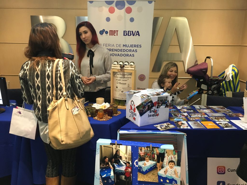 Fotografía Feria de Emprendedoras MET - BBVA