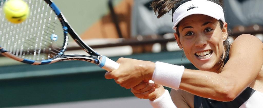 Garbiñe Muguruza pasa a octavos de Roland Garros