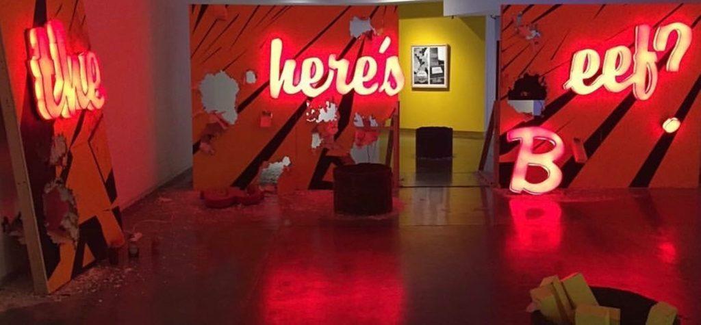 Obra Where is the beef en el Museo de Arte de Matamoros