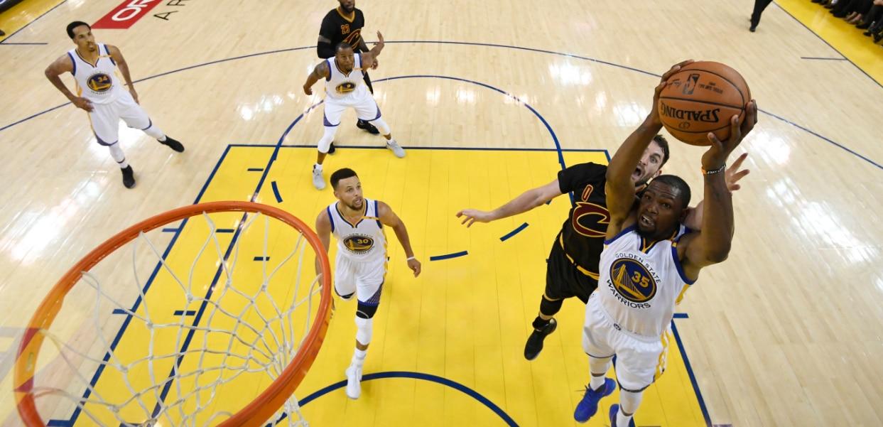 Los Warriors de Durant vencen el segundo partido ante los Cavs - NBA