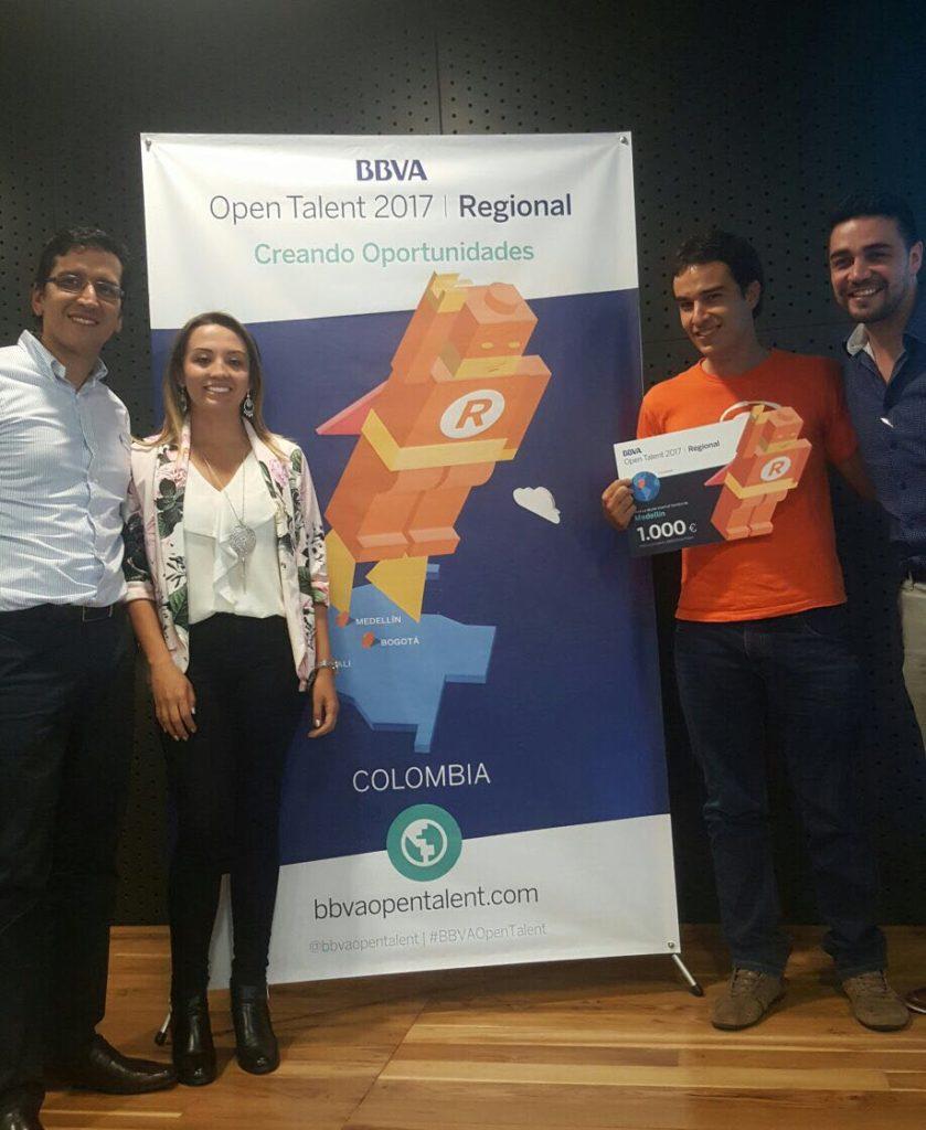 fotografía de emprendedores startup Filapp ganadores de open talent Medellín