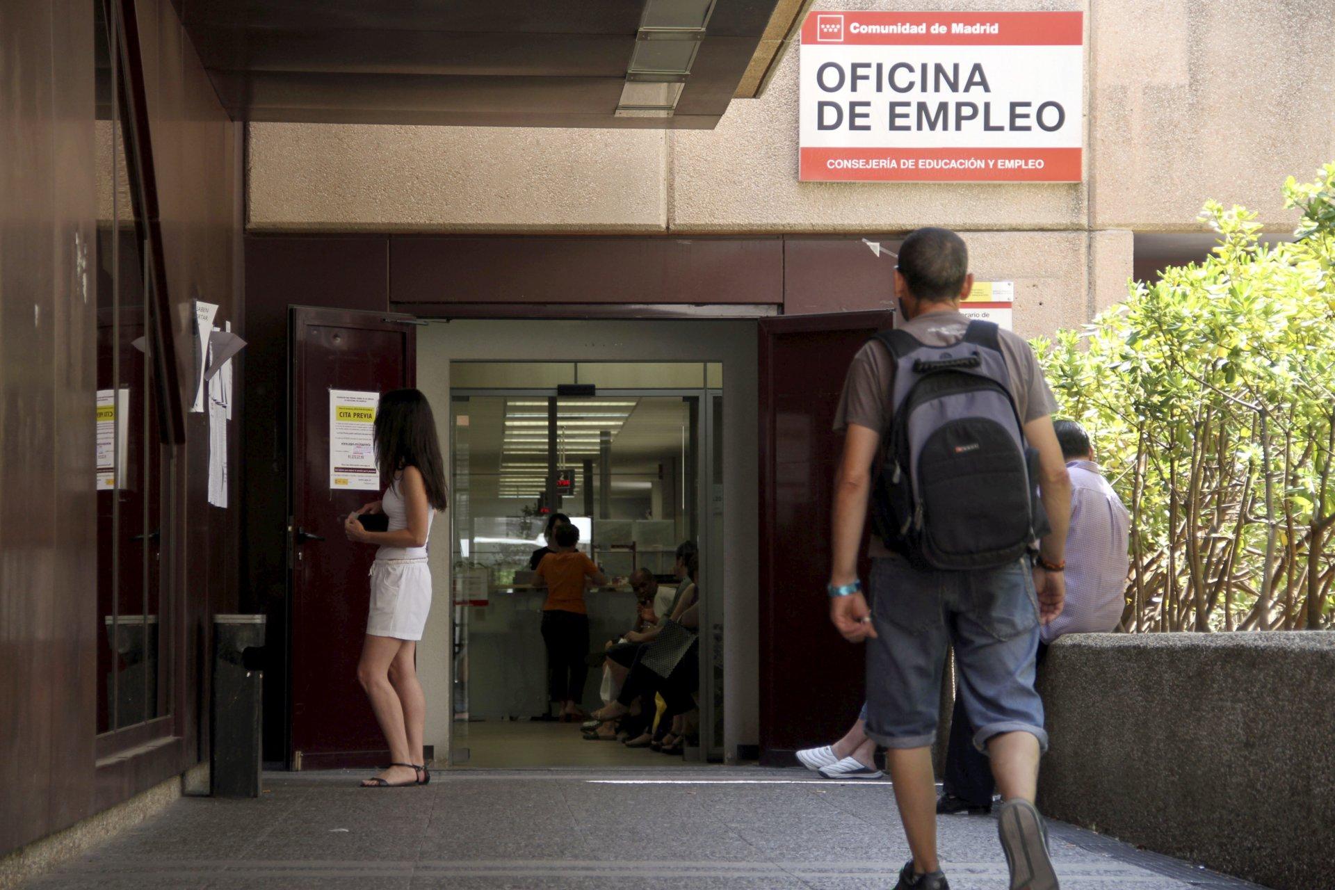 C mo afectan los periodos de desempleo a la pensi n for Oficina empleo madrid