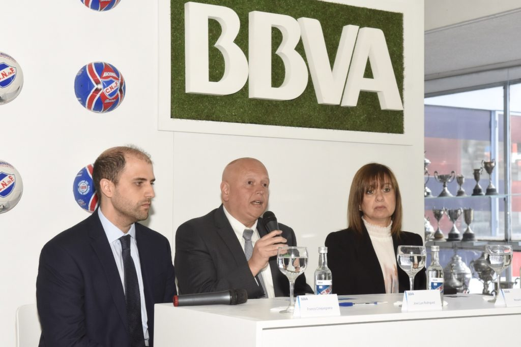 Anuncio alianza BBVA y Club Nacional de Uruguay