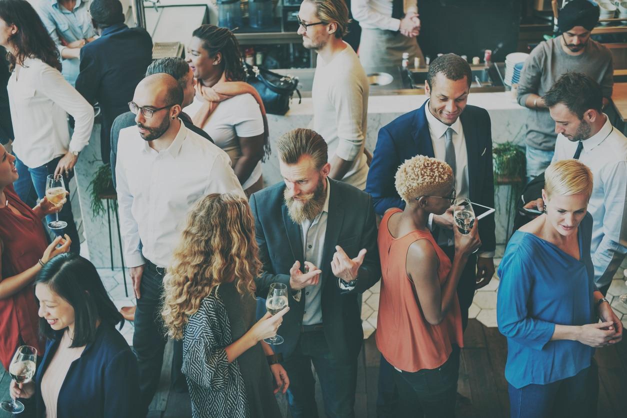 networking compañeros trabajo empresa bbva recurso
