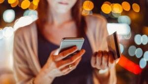 banca-online-smartphones-banca-movil-habitos-financieros-millennials-recurso-BBVA
