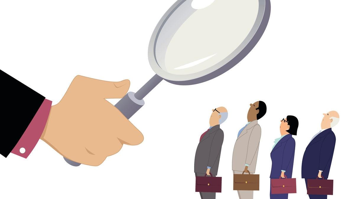 trabajador juez lupa evaluación recurso bbva