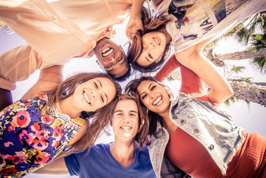 millenials fintech gente sonrisas felicidad recursos bbva