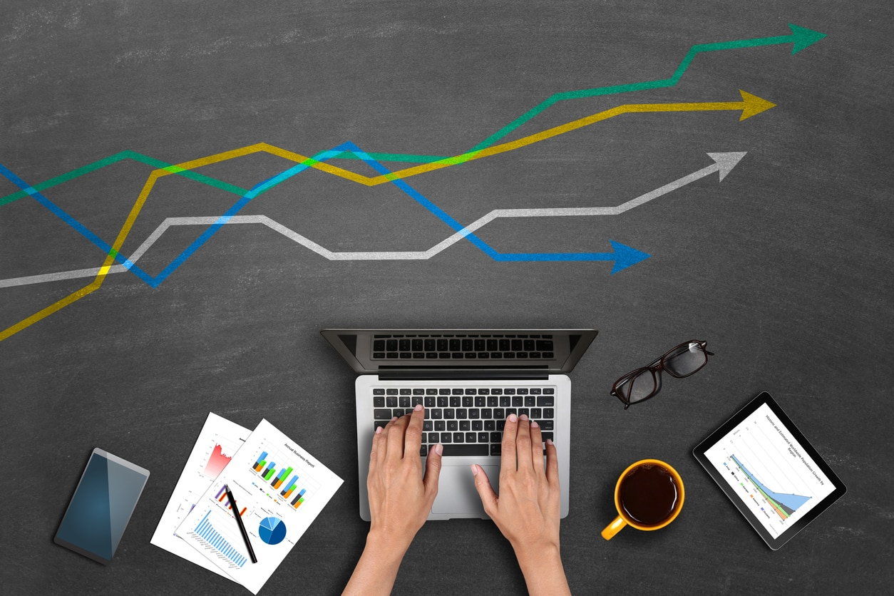 Ordenador finanzas inversión innovación recurso bbva