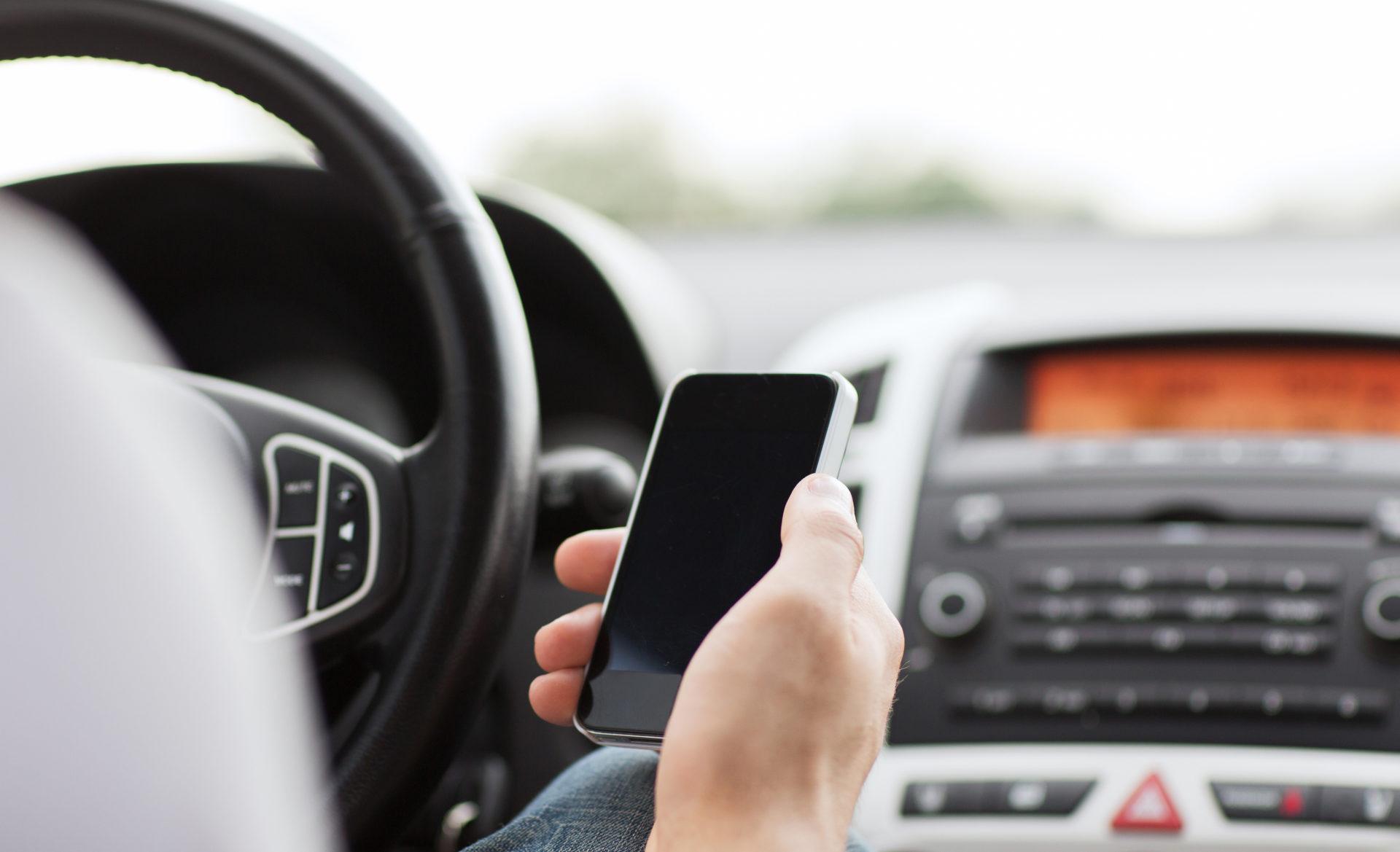 mi carro-app-aplicacion-coche-tecnologia-innovacion-vehiculos-bbva
