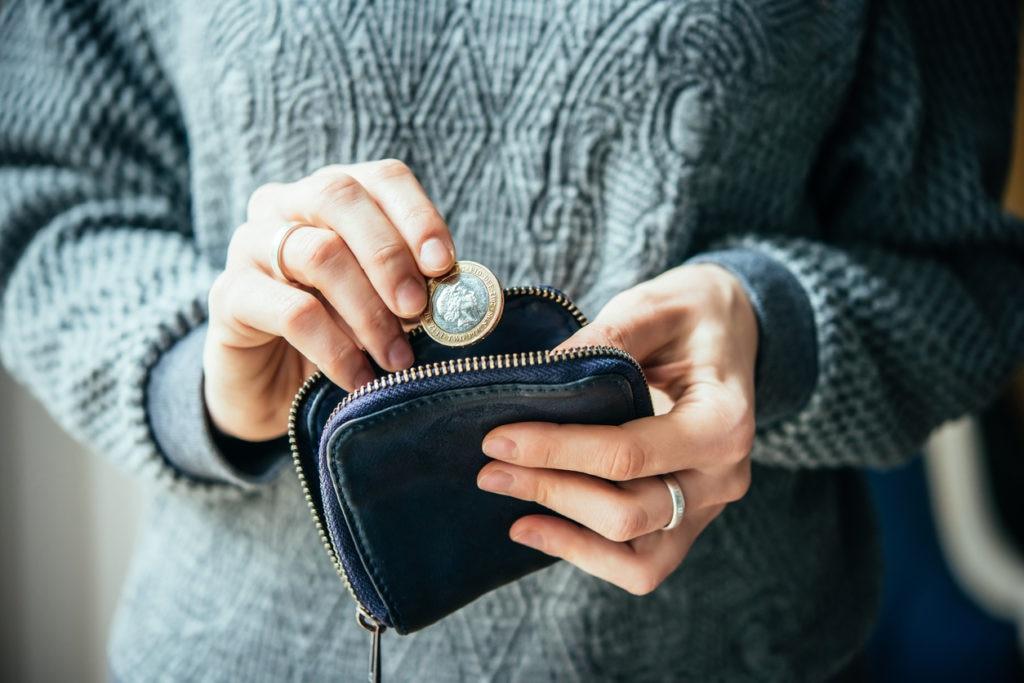 monedero dinero persona finanza recurso bbva