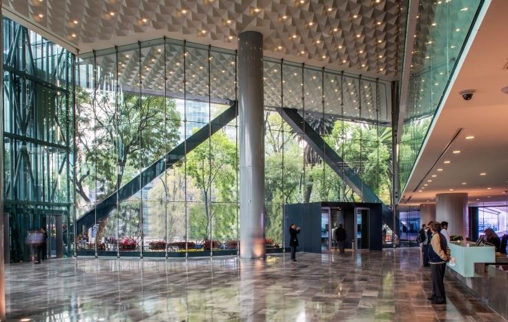 Lobby Torre Bancomer Crédito Lourdes Legorreta