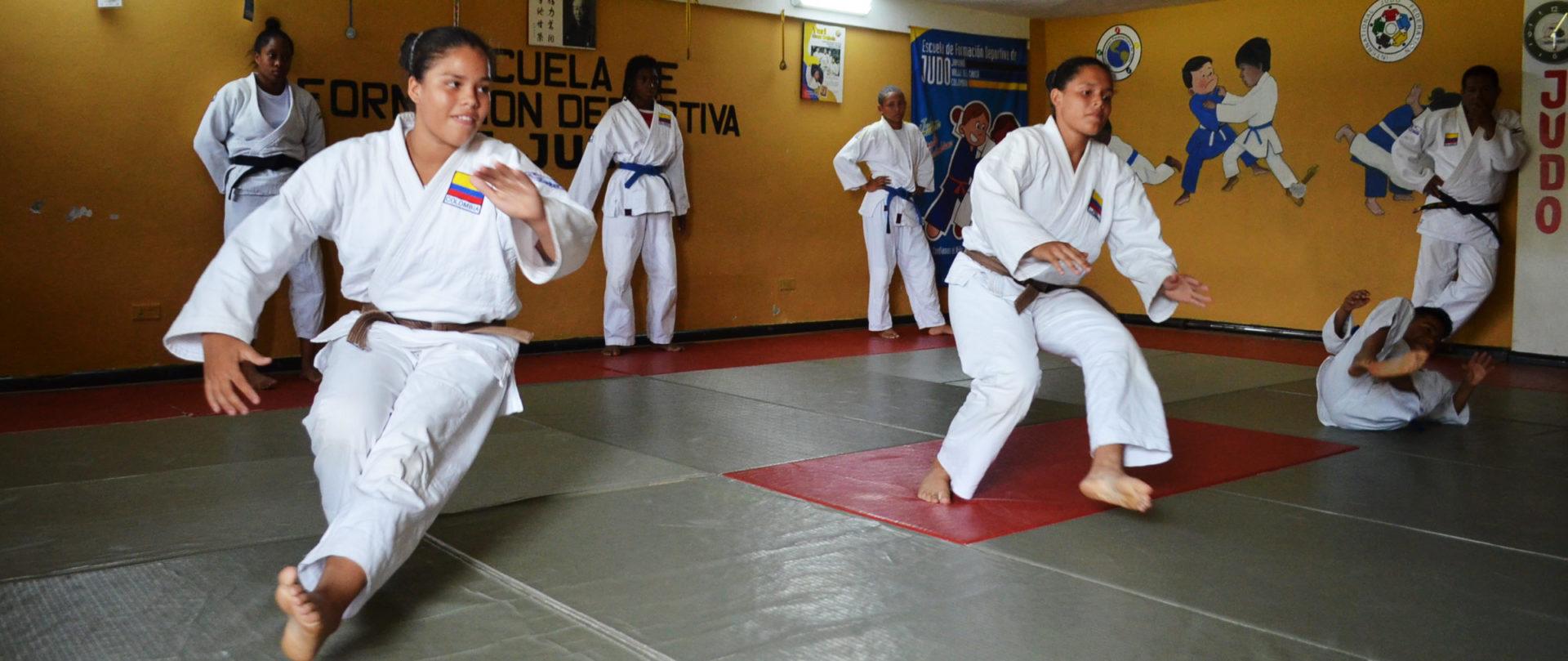 fotografía de judocas-guerrero hueco olímpico jamundi