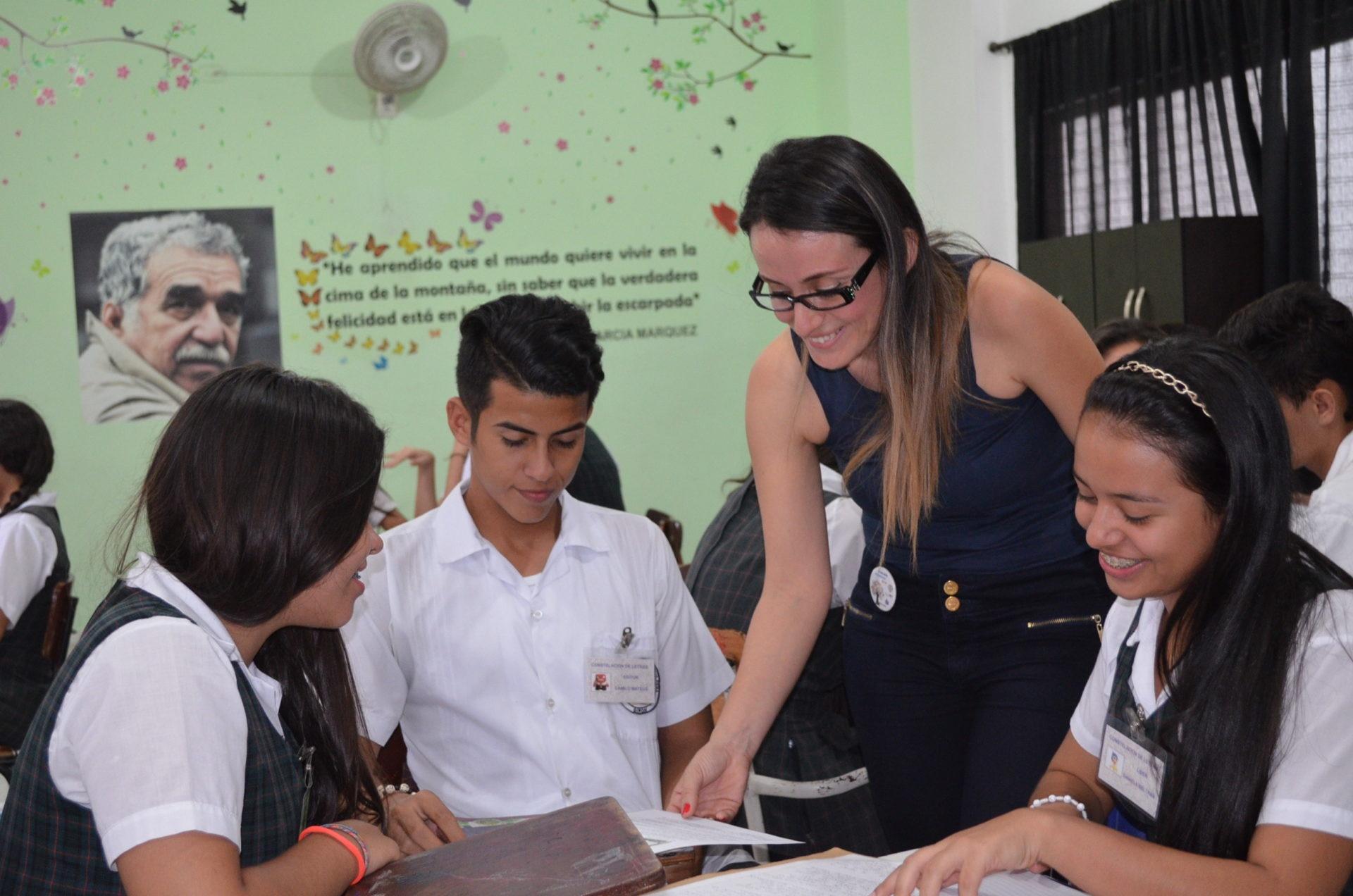 fotografía de premio nacional docentes BBVA Colombia