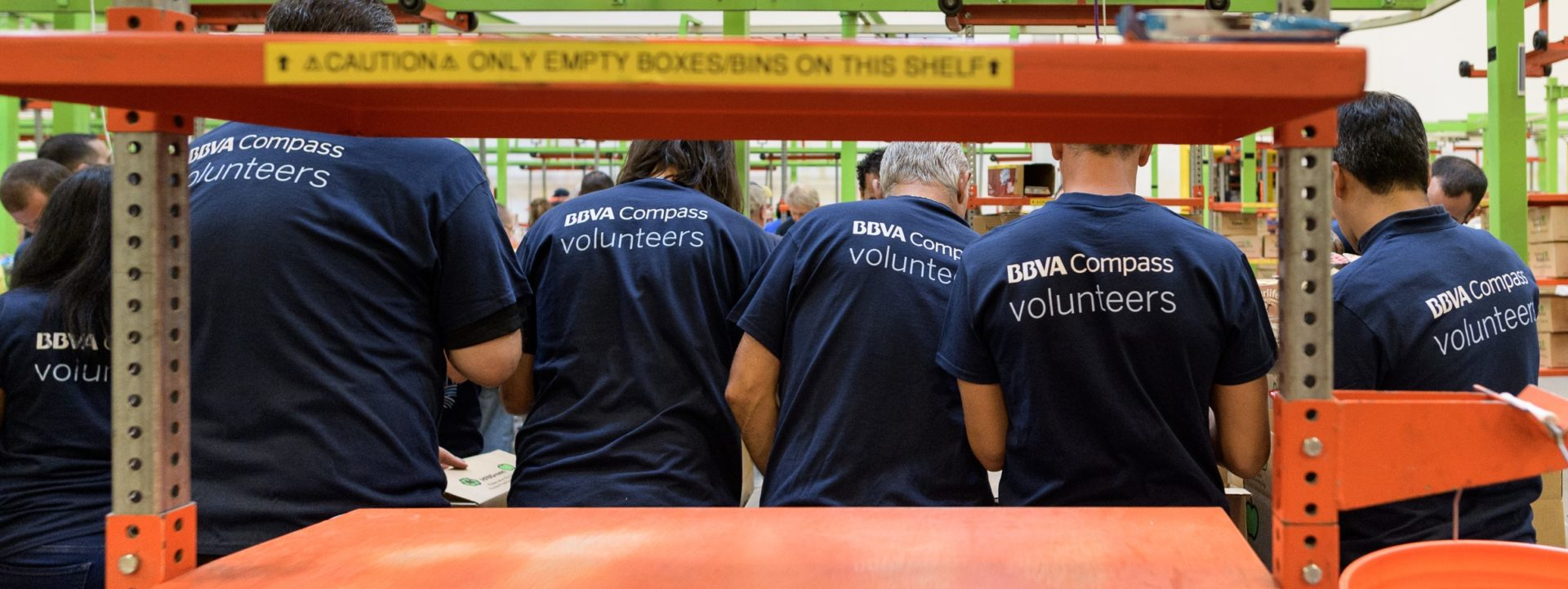 bbva-compass-houston-dynamo-copa-solidaria-banco-alimentos-voluntarios-bbva