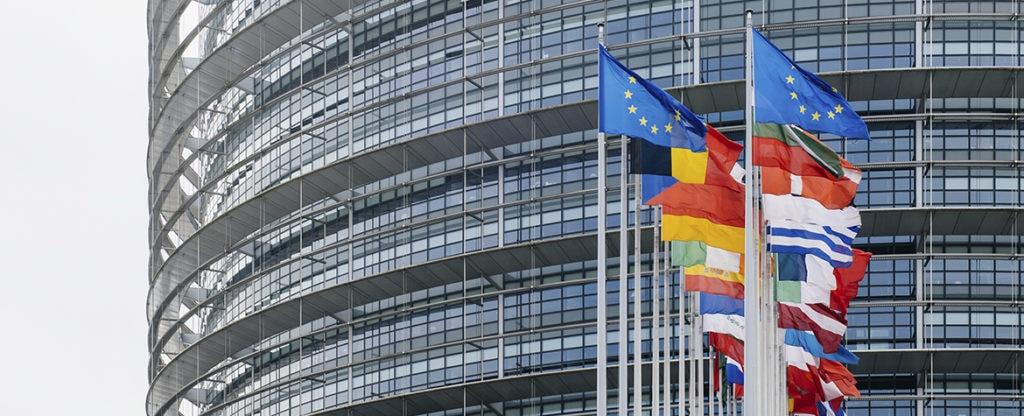 sede-eba-union-europea-banderas-europa-bbva