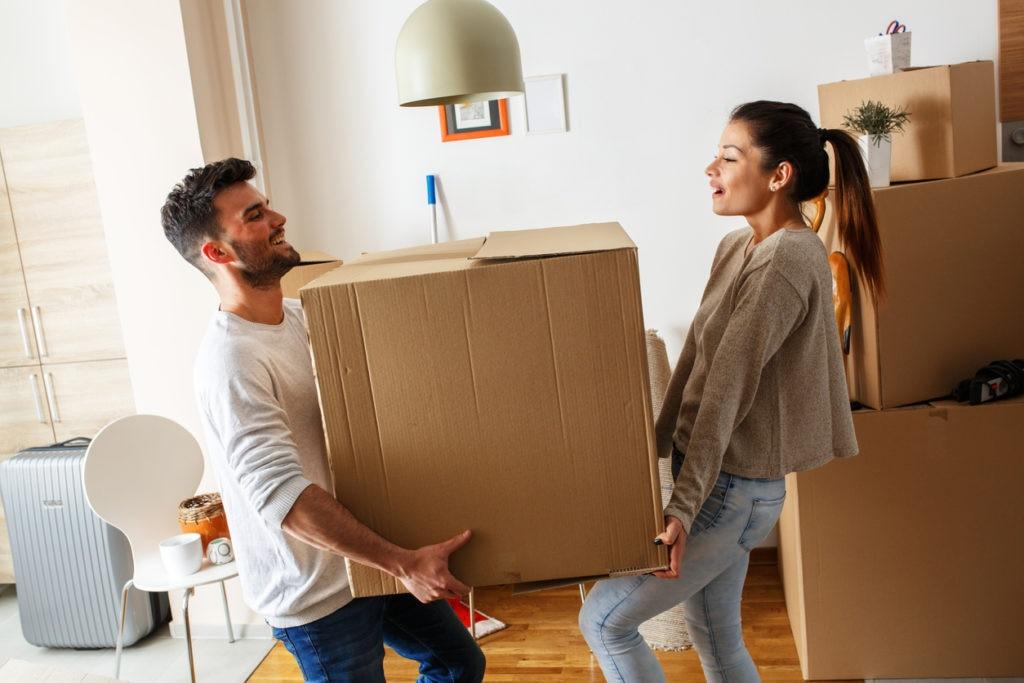 independencia-mudanza-casa-dinero-ahorrar-comprar-alquiler-vivienda-jovenes-bbva