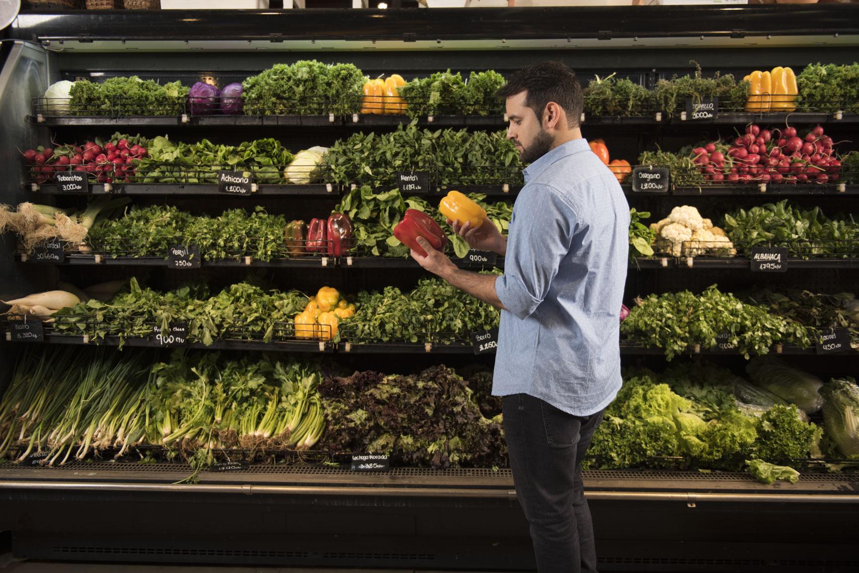 Oscar Pintos compras supermercado