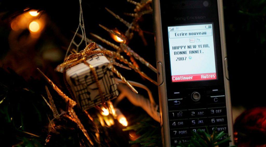 El Sms Cumple 25 Años El Antepasado De La Comunicación En
